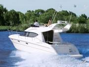 Продам моторную яхту Aqualum 35 Fly 2008