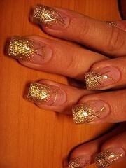 наращивание любых ногтей гелем за 600 рублей у себя или у вас дома !!!