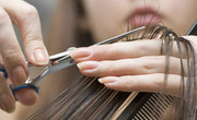 Требуется парикмахер - универсал в Заволжский район г. Ярославль.